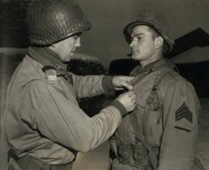 Norman Amore receiving Bronze Star