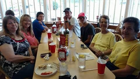 dayton-8-july-2016-frischs-family-lunch4